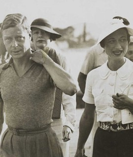 772px-King_Edward_VIII_and_Mrs_Simpson_on_holiday_in_Yugoslavia,_1936