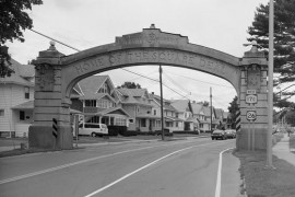 Endicott-Johnson_Workers_Arch,_Approximately_250'_east_of_intersection_of_Bridge_,_Endicott_(Broome_County,_New_York)